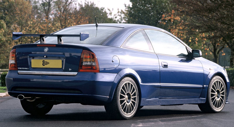 Vauxhall Astra Coupe Good Looks And Turbo Performance Aktiv